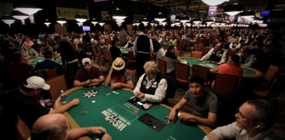 karriere poker spiel regeln